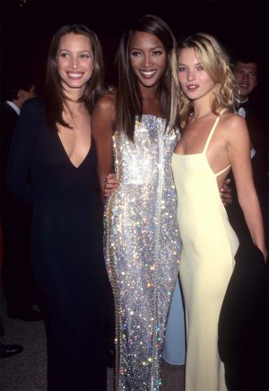 how to dress like a super model of 90s