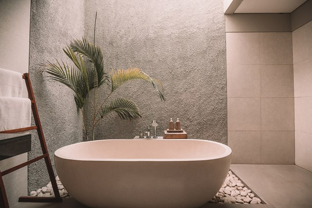 5 Simple Ways to Turn Your Bathroom Into an Oasis