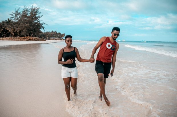 How to Plan a Fabulous Honeymoon on a Budget