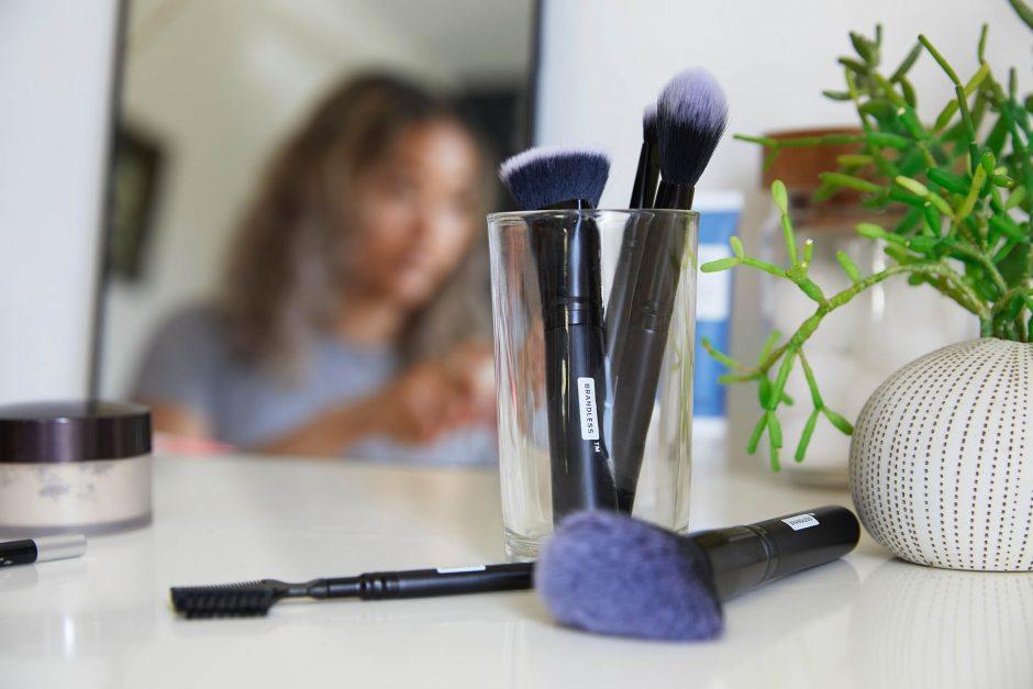 eco friendly beauty regimen sustainable look