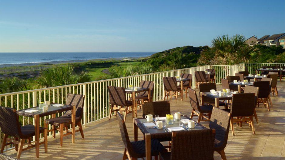 gold club restaurante terrace
