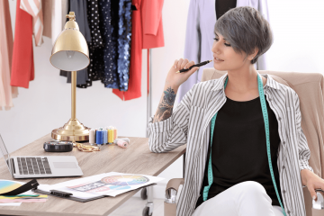 How to Become a Fashion Stylist