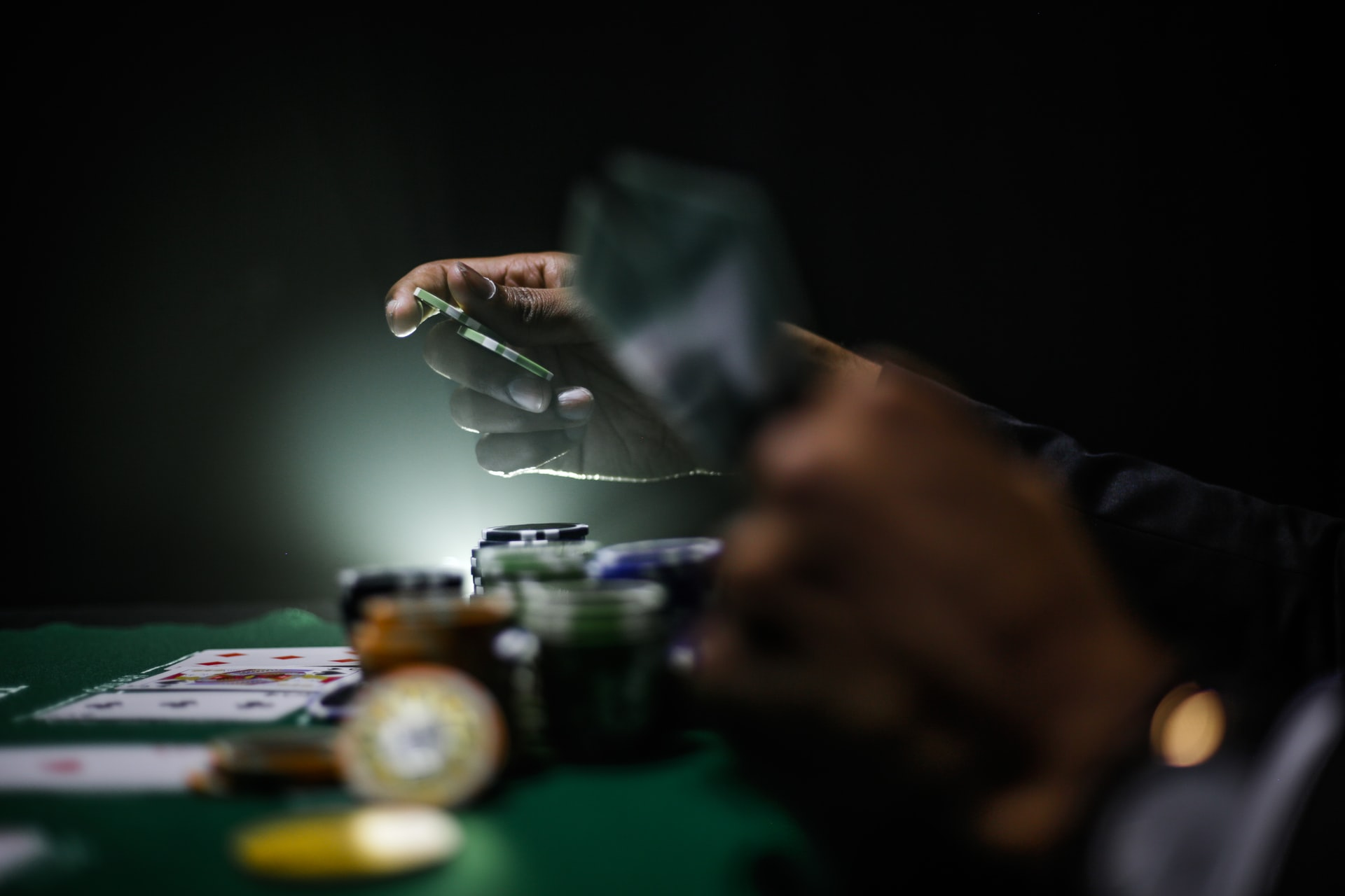 Disguise Your Advantage When Gambling In A Casino Table