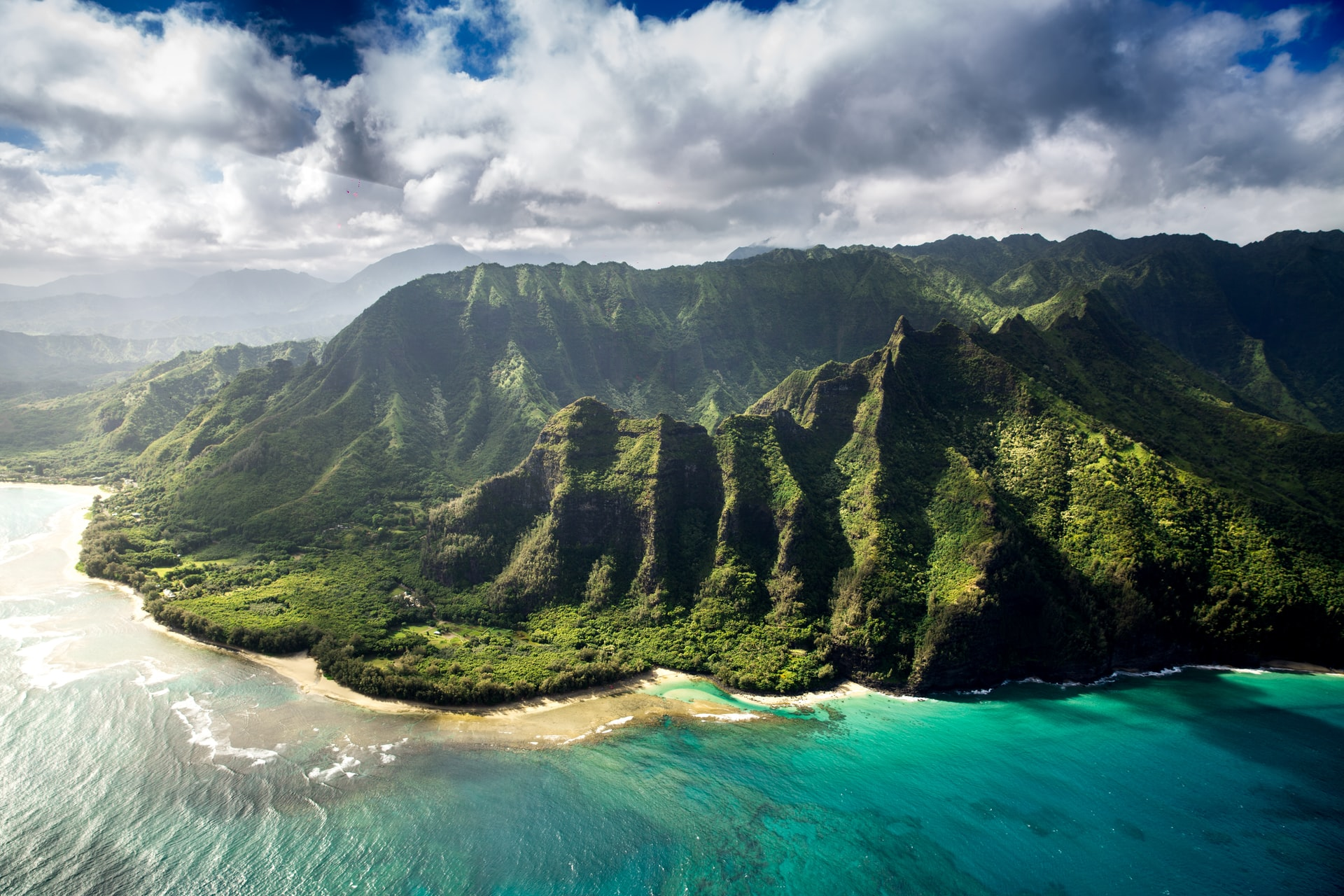 Five Must-See Sights In Hawaii