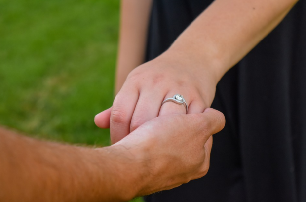Timeless Engagement Rings The Best Gift To Your Spouse
