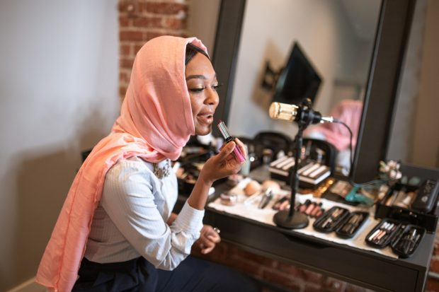 online beauty channel