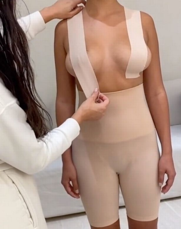 Boobs hold tape and its Uses