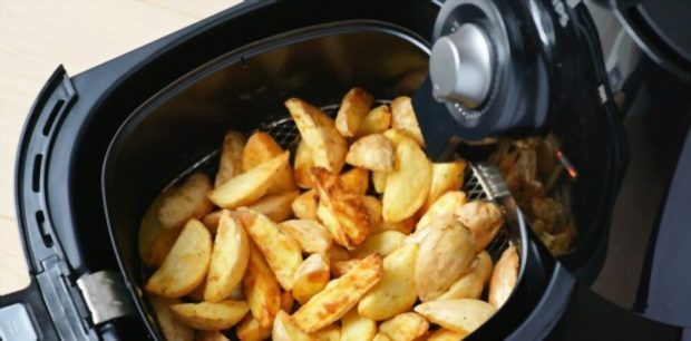 A First-Timer's Guide to Using an Air Fryer