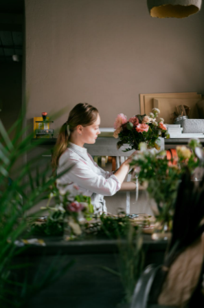 Buy flowers from an online Red Hill florist