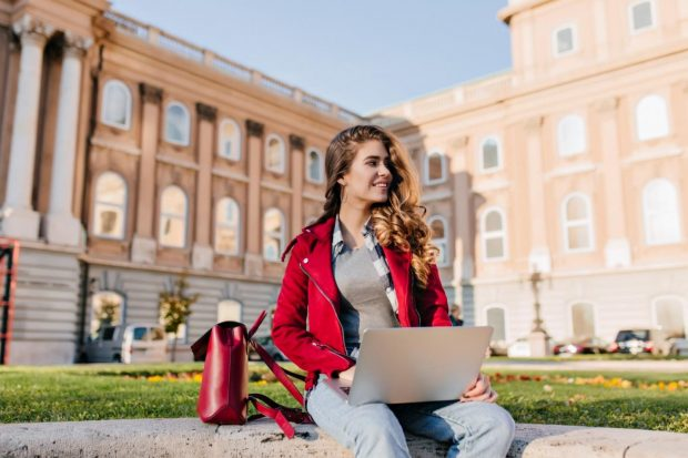 How to Get Into Top Fashion Universities