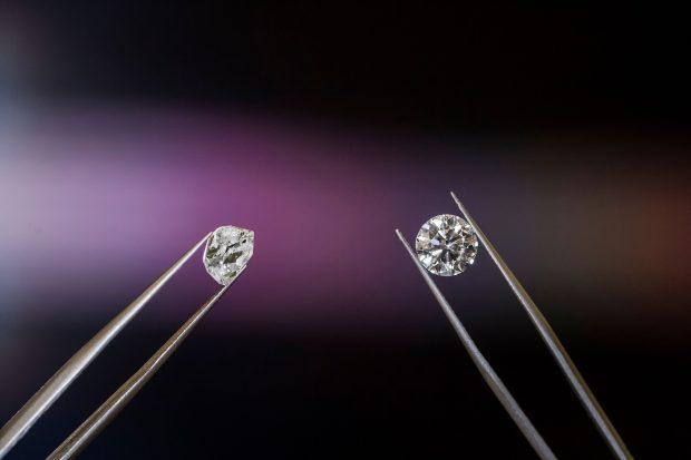 diamond stud