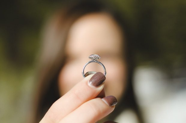 selling your diamond ring