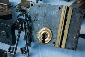 How To Avoid A Fake Locksmith